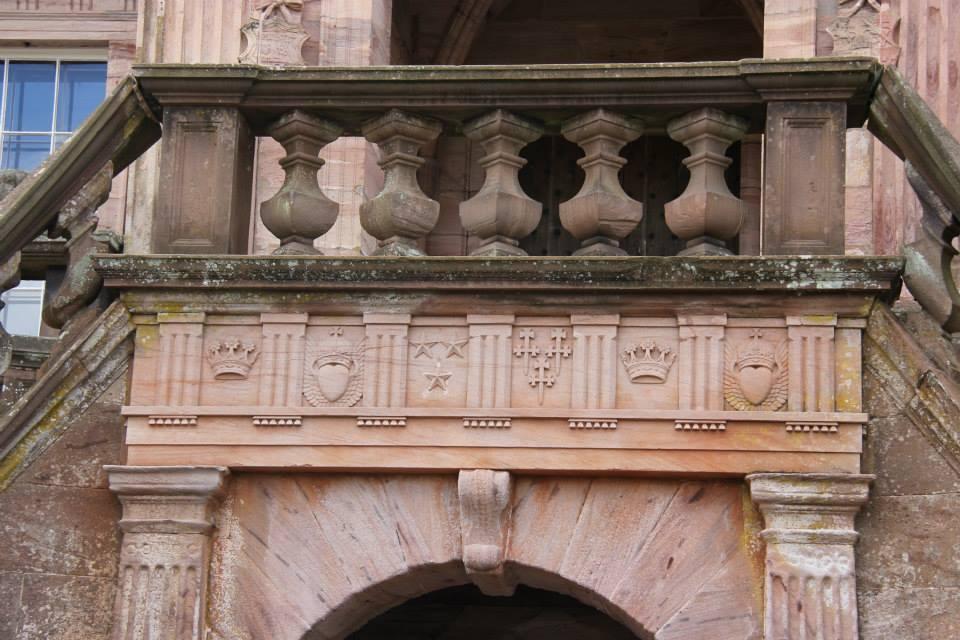 Drumlanrig castle for Origin of balcony
